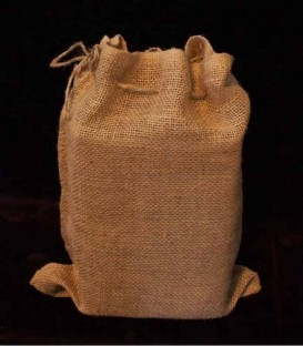 Snug Burlap Bag in Daylight