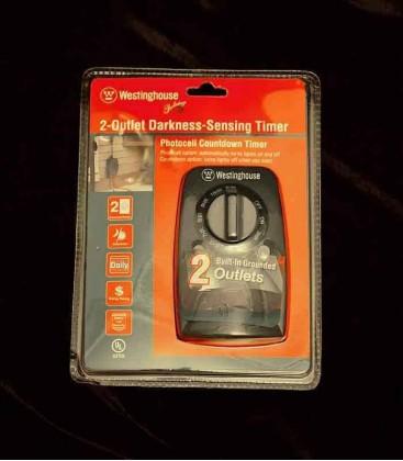 Westinghouse 2-Outlet Darkness-Sensing Timer