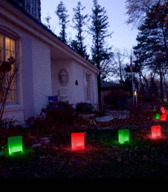 Red & Green Luminaries In Use