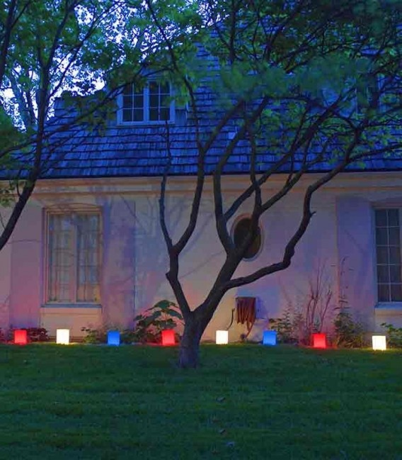 Patriotic Luminaries in use
