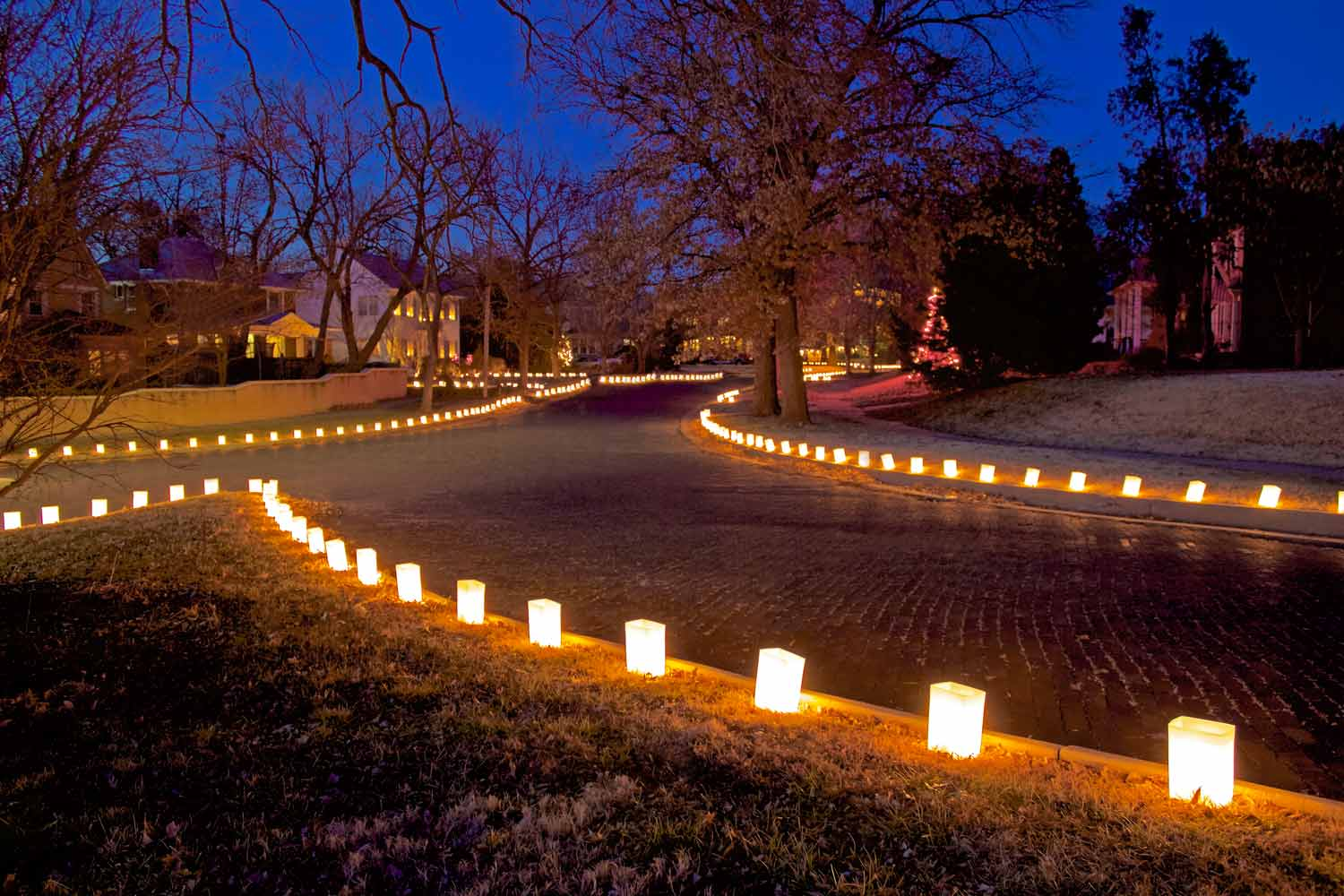 traditional neighborhood luminaries